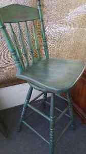 Solid Oak Swivel Bar Stools Painted and Distressed Kitchener / Waterloo Kitchener Area image 3