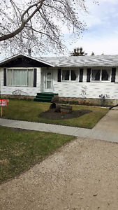 Calmar House for Sale by Owner