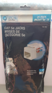 CAT 5e JACKS - 25 Pk White      Model 5015-WH-25-C