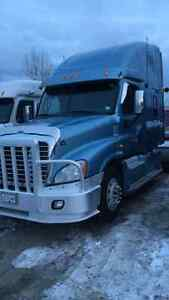 Frieghtliner casscadia for sale by owner