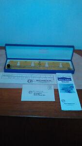 Vintage ACU-ARC Drafting Tool (NIB)/Outile D'ebauchage ACU-ARC