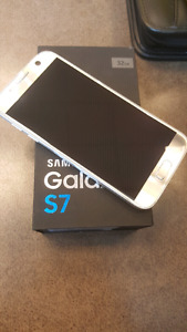 Selling Samsung Galaxy S7 with BELL