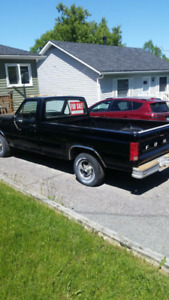 1986 Ford F-150 (Heritage) Regular Cab