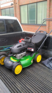 John Deere Gas Lawnmower