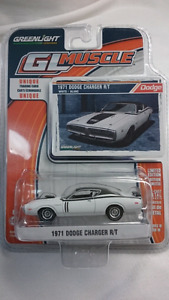 GREENLIGHT DIECAST GL MUSCLE 1971 DODGE CHARGER R/T WHITE MINT!!