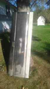 Ford 87-96 F-Series Tailgate.