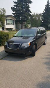 Dodge Caravan Minivan, Van, Town and Country Touring
