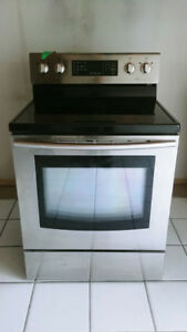 Samsung Electric Range (Stove Oven W/ Fan)