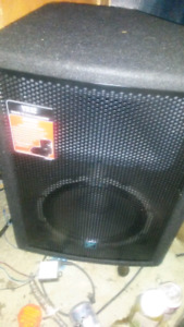 Yorkville  x12 p.a speakers