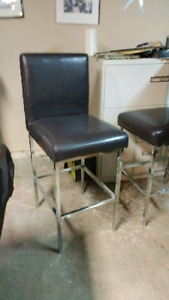 4 counter height chairs