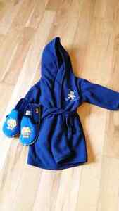 Size 12-24 mth Hooded Boy's Housecoat and Slippers