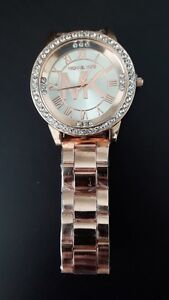 Brand new rosy gold color women's watch!!