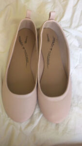New Women's Light Pink Flat Shoes & Ballet style laces