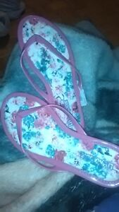 New girls Liv and Maddie sandals sz. 2