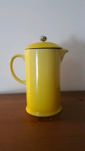 Le creuset French press yellow
