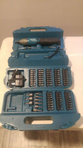 Makita Cordless Screwdriver + Case and bits