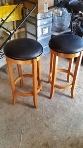 2 Bar stools, 2 tabourets bar