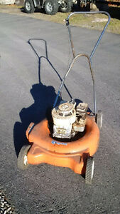 Lawn mower - old, broken, not running – Tune-ups Carb cleaning