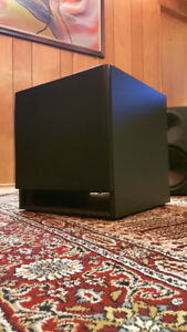 YORKVILLE YSS2 ACTIVE STUDIO SUBWOOFER!!! LIKE NEW CONDITION!!