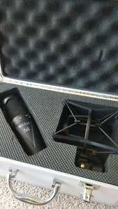 ART M2 Mic in great condition.