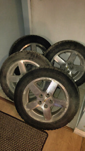 """Mags 16"""" avec pneu hiver"""