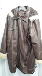 Manteau d'hiver pour femme en cuir 2X de marque Claire FranceTr