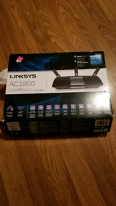 AC1900 Linksys router and extender