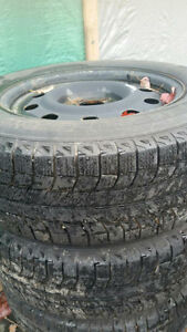 Michelin Latitude X-ice 235/65 R17 and rims from 2012 Ford Flex