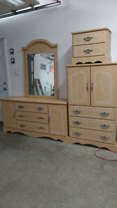 armoire buy or sell dressers wardrobes in gatineau kijiji classifieds