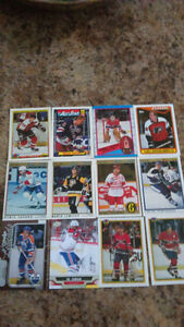 12 Cartes d'hockey - valeur 2-3 dollards chaque