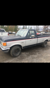 89' Ford F-150 -make offers- as is