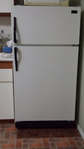 Great older fridge, McClary brand
