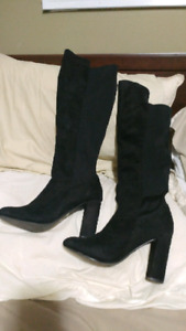 Size 7 black knee high boots