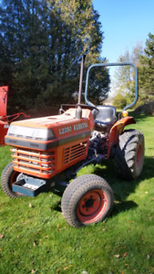 Kubota L2350 Diesel Tractor with PTO