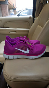 Nike free 5.0 size 10 new condition