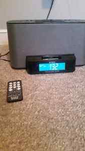 30-PIN SONY IPOD DOCK FOR SALE