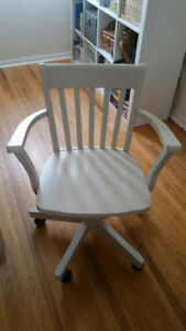 White Ikea Bankers Desk Chair