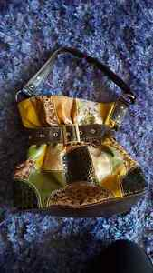 Moving sale! Many purses and wallets! Cambridge Kitchener Area image 5