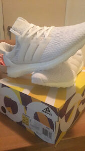 Adidas Ultra Boost - Triple white 3.0 - Size 10.5 - DS