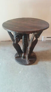 UNIQUE African Carved Figural Table / Table ronde style africain Gatineau Ottawa / Gatineau Area image 1