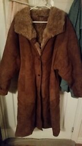 2 WOMENS WINTER COATS,VERY GOOD CONDITION