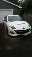 2013 Mazda MAZDASPEED3 with Tech package! Trades Welcomed