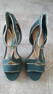Ladies Shoes- Size 7