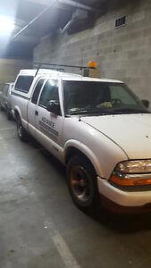 2000 Chevrolet S-10 Pickup Truck + trailer 8000k
