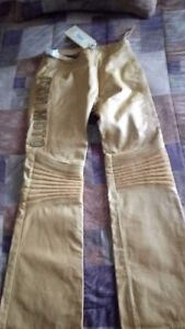 Woman's Leathers Motorcycle Pants