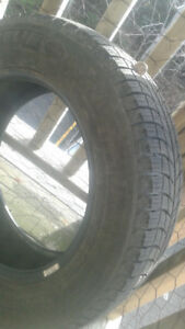 GREAT CONDITION USED MICHELIN X-ICE (SET of 4)
