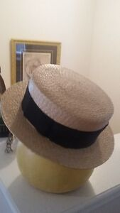 VINTAGE 1920's ERA MENS BOATERS HAT (STRAW) W/BLACK BAND