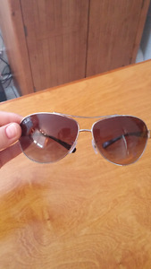Like New- Womens Ray Bans