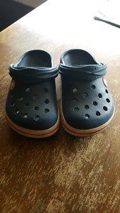 CROCS kids size 8/9