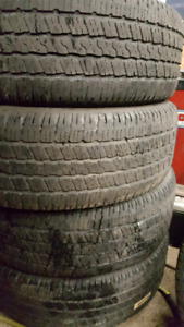 4 pneus été goodyear 275/60r20